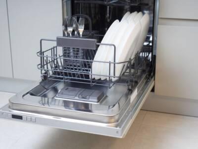 Una piccola guida su come caricare la lavastoviglie in modo ordinato!