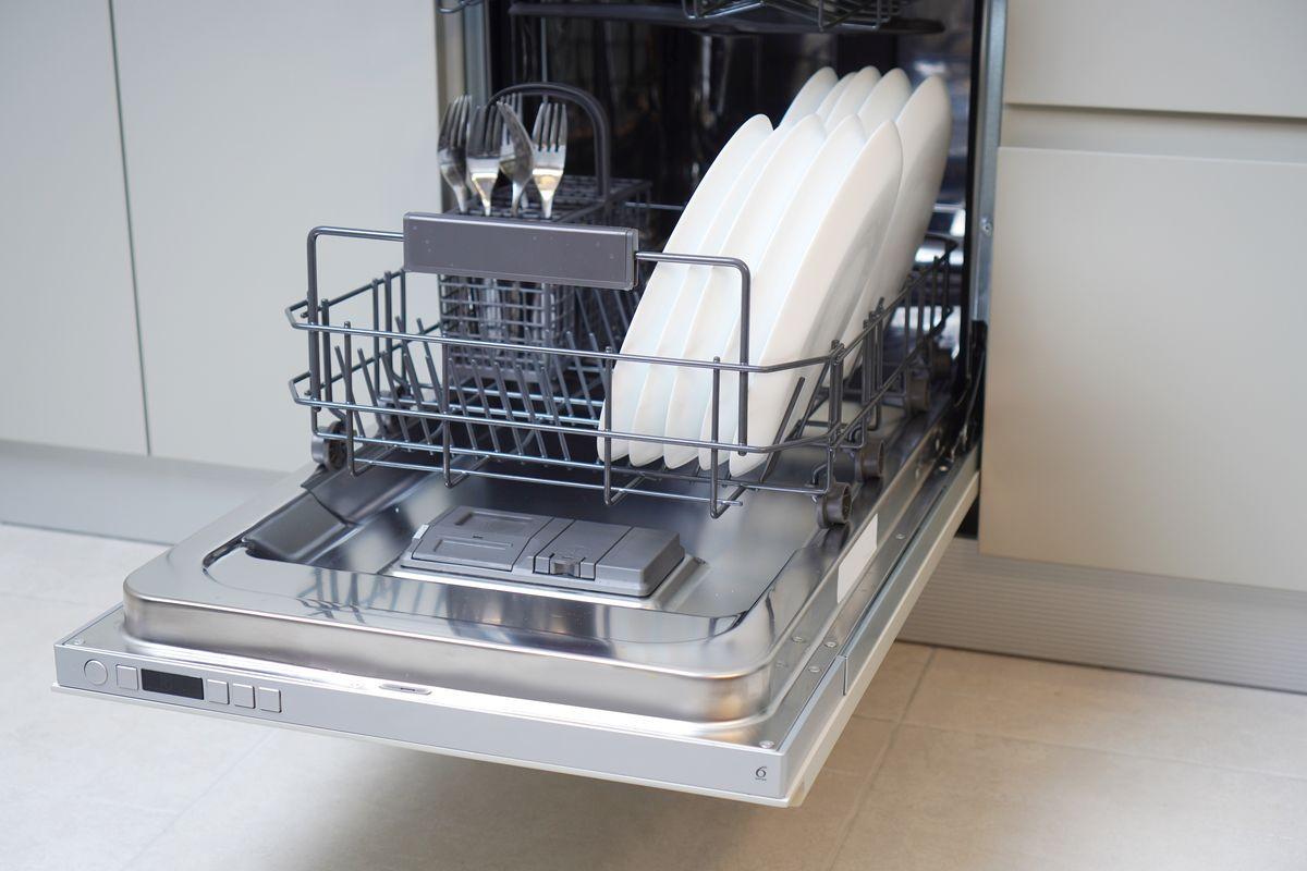 Come caricare la lavastoviglie