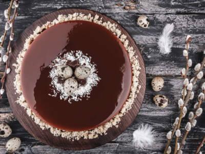 Glassa al cioccolato: la semplicissima ricetta per una perfetta copertura