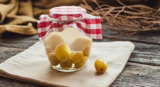 Uva sotto spirito: la ricetta della nonna per un'ottima conserva