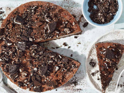 Fresca e gustosa, ecco come fare in casa la cheesecake Oreo e Nutella
