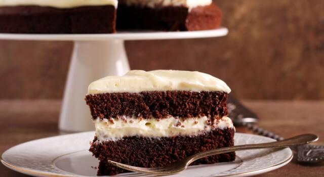Voglia di cacao? Ecco la torta al cioccolato e panna