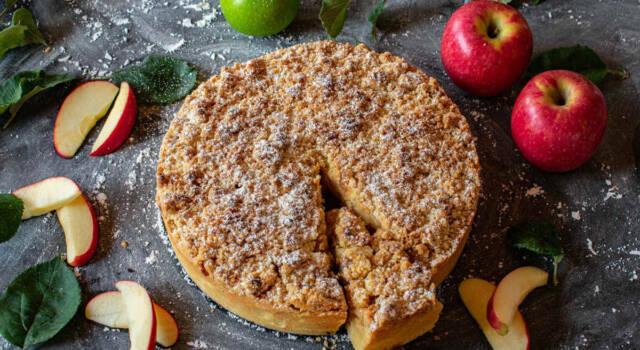 Torta di mele light: la ricetta per un dolce dietetico e anche vegano