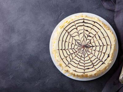 Scoprite quanto è semplice fare una golosa torta Kinder Bueno con il Bimby